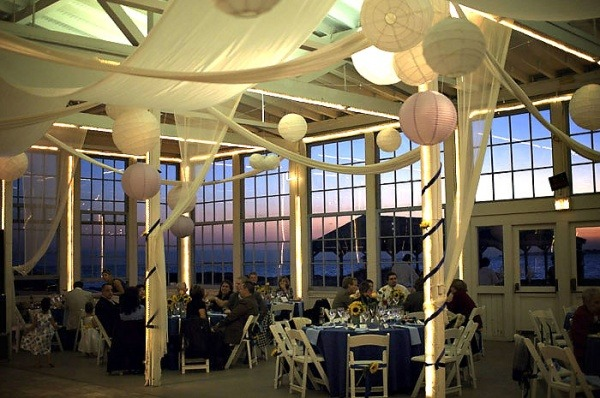 Carousel At Lighthouse Point New Haven Wedding